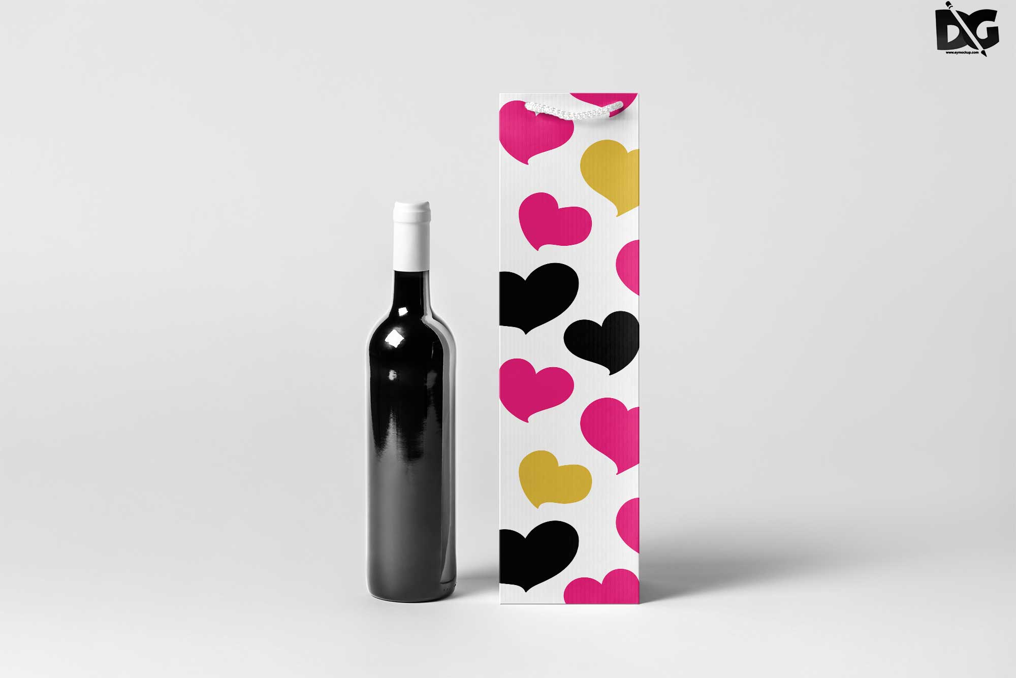 Free Wine Packaging Mockup