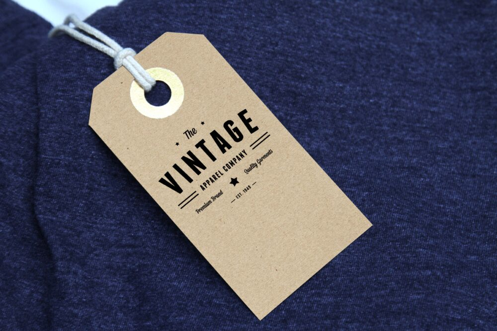 Free Fashion Chothing Label Tag Mockup